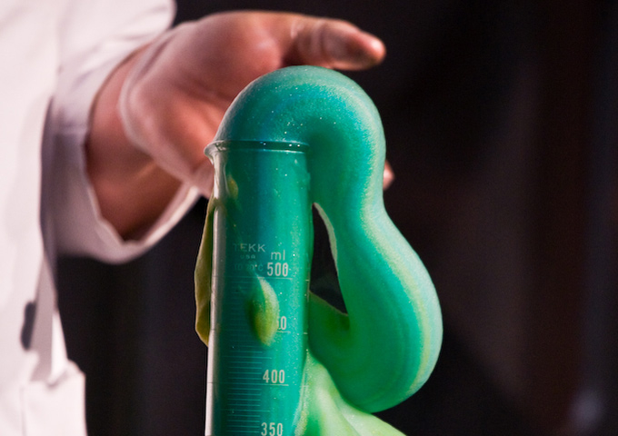 DIY Science: Elephant's toothpaste
